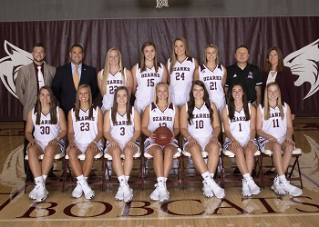 team pic of the 2019-2020 Lady Bobcat basketball team
