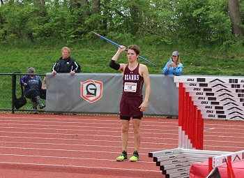 Miles Mrowiec preparing to throw the javelin at nationals